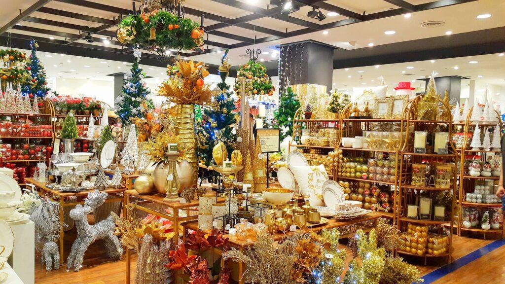 Christmas seasons greeting at shopping mall